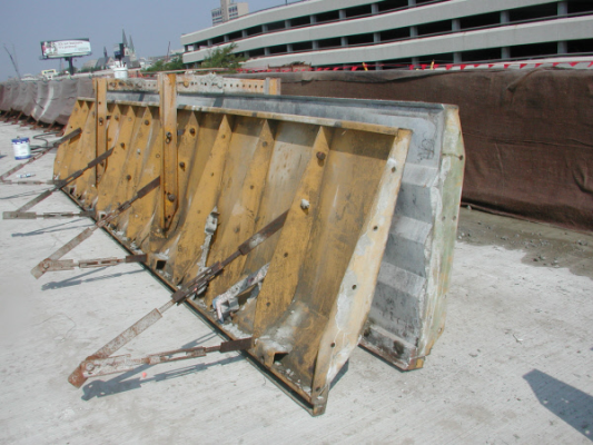 Bridge Parapet Concrete Form