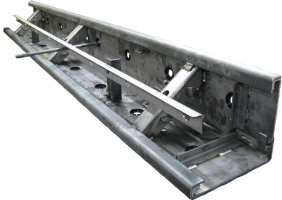 Reversible Paving Form with Dowel Bar Support Bracket
