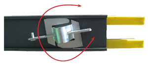 Twist pocket connector